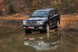 Тест драйв Toyota Land Cruiser 200